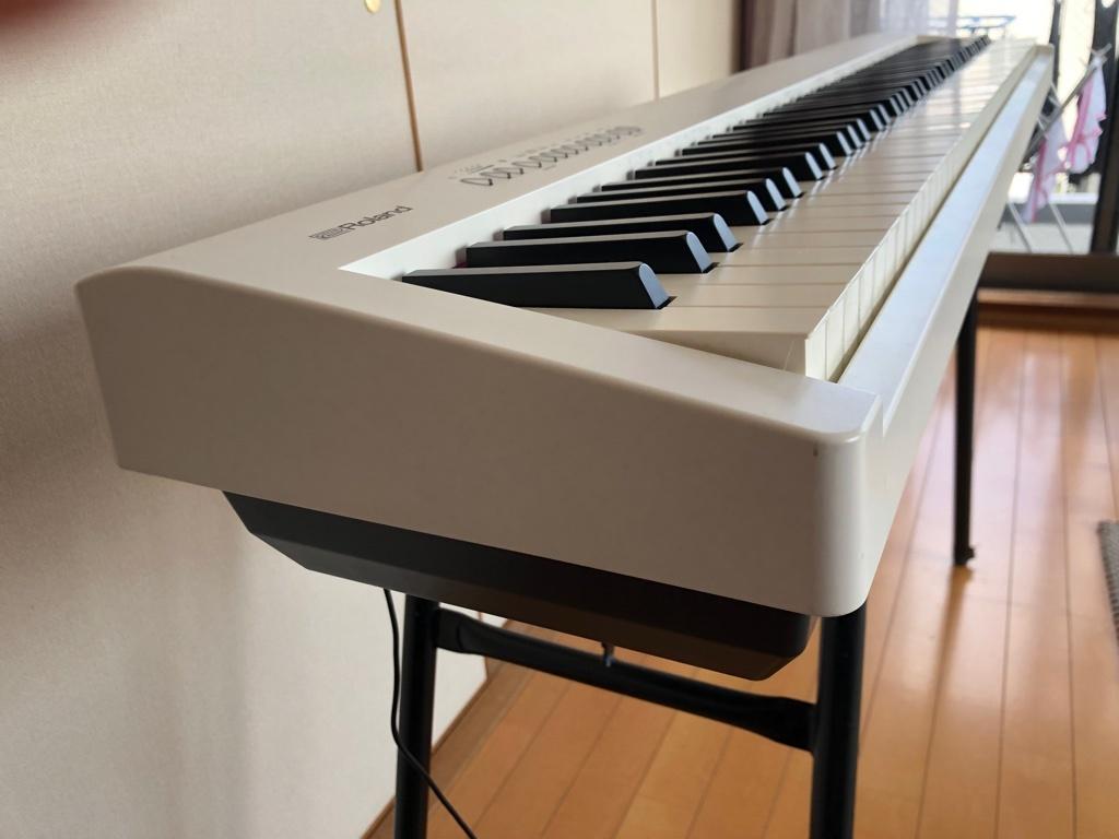 Цифровое пианино Roland FP-30-WH - цифровое фортепиано, цвет белый